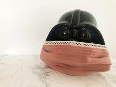 Þórlaug er saumakona í sóttkví - Gerir sínar eigin grímur Baseball Hats, Funny, Clothes, Fashion, Baseball Caps, Moda, Clothing, Kleding, Baseball Hat