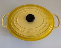 """Le Creuset 8qt Oval Soleil Dutch Oven Size: 8qt / 13"""" / 33cm / 7.5L Color: Soleil / Yellow Shape: Oval Imperfections are shown in pictures. Item is sold as it is. All sale is final. Le Creuset Cookware, Dutch Oven, All Sale, Im Not Perfect, Shape, Dinner, Yellow, Pictures, Color"""