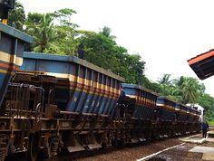 Gerbong pengangkut batubara di Sumatera Selatan.