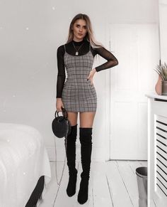 14 New Year's Eve Party Outfits That Are So Trendy Clothes New Year's Eve Party Outfit Ideas Winter Fashion Outfits, Look Fashion, Winter Outfits, Summer Outfits, Party Outfit Winter, Winter Party Dresses, Party Outfits Tumblr, Party Fashion, Summer Party Outfits