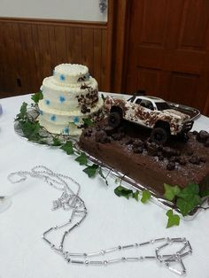 Truck For Mud Truck Wedding Cake
