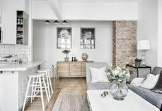 Cozy Studio Apartment, Studio Apartment Decorating, Apartment Interior, Interior Livingroom, Rustic Apartment, Apartment Design, Living Room Kitchen, Small Living Rooms, Living Room Designs