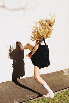 Can't get my shadow off me Image Mode, Viviane Sassen, Accel World, Ellen Von Unwerth, Mode Style, Mannequins, Editorial Fashion, Fashion Photography, Photography Camera