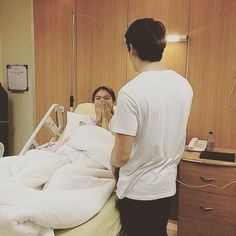 Visit Nadine at Hospital 2015 (cuuhryl) James Reid, Nadine Lustre, Jadine, Girly Pictures, Pretty Men, Celebs, Dan, Pumpkin, Filipino