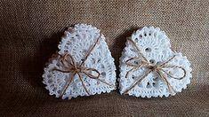 Dekorácie - *** háčkované srdiečko *** - 7222110_ Crochet Snowflake Pattern, Crochet Snowflakes, Crochet Patterns, Knit Crochet, Crochet Earrings, Baby Shoes, Christmas Ornaments, Halloween, Knitting