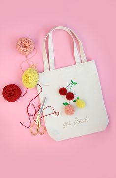 Pom pom tote bag diy custom tote bags, kids bags, diy for kids, diy tote . Diy And Crafts Sewing, Crafts For Girls, Crafts To Sell, Fun Crafts, Sewing Projects, Preschool Crafts, Craft Projects, Sacs Tote Bags, Diy Tote Bag