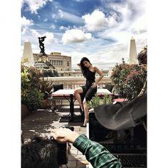 Bella por fuera y bella por dentro... Hoy celebramos con @ceciliagessa que ya es #Juernes #proximamente en Mine #comingsoon #actress #actriz #laembajada #sexy #style #woman #magazine by revistamine