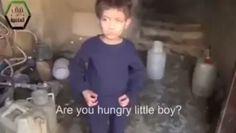 SUNGGUH MENYEDIHKAN  Saat anak-anak Suriah hanya bisa memakan rumput tak ada roti nasi tak ada air bersih... Saat anak-anak Suriah keluar dari rumah mereka karna rumah mereka hancur... Saat anak-anak Suriah berjalan meninggalkan rumah mereka karna serangan bom... Saat anak-anak suriah menangis kehilangan ayah dan ibu mereka... Saat anak-anak anak Suriah kedinginan tanpa penghangat di malam hari dan kelaparan di siang hari... Saat anak-anak Suriah teriak mengatakan OM TOLONGIN OM.  Anak anak…