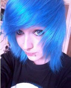Blue hair, Hannah Hacksaw.