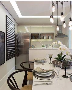 Cozinha Integrada por @sessoedalanezi.com.br #cozinha #cozinhas #kitchen #kitchens #cucina #cocina #cuisine #cozinhaintegrada #cozinhagourmet #cozinhamoderna #instaarq #instagood #instahome #instadecor #instafollow #decor #decoracao #homedesignideas #home #house #homedecor #homestyle #arquitetura #decorating #decoration #architecture #euteinspiro
