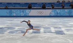 Animated GIF - Russian Teen Yulia Lipnitskaya Steals Show in Olympic Figure Skating Team Trophy Figure Skating Quotes, Figure Skating Funny, Yulia Lipnitskaya, Russian Figure Skater, Ice Skaters, Ice Dance, Funny Pictures, Spinning, Animation
