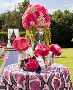 A styled photoshoot for Alabama Weddings Magazine. Florals by CD Florals (The Sonnet House), Photo by Rob and Wynter Photography