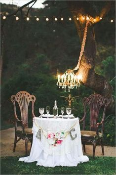 Bride & Groom table-- this will be my wedding DIY making those initials!