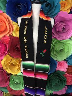 Graduation Cords, Graduation Party Outfits, Graduation Cap And Gown, Graduation Stole, Graduation Leis, Graduation Photoshoot, Graduation Cap Pictures, Graduation Cap Designs, Graduation Cap Decoration