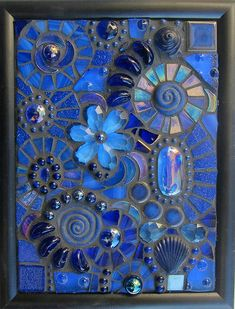Mosaic suncatcher - Lisa Sutcliffe Too blue? Mosaic suncatcher Too blue? Mosaic Artwork, Mosaic Wall Art, Mosaic Tiles, Mosaic Mirrors, Mosaic Crafts, Mosaic Projects, Stained Glass Art, Mosaic Glass, Fused Glass