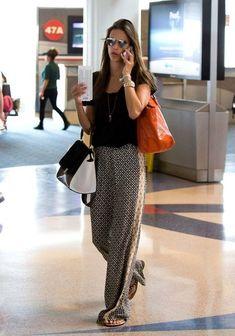 Travel Outfit Summer Airport Chic Alessandra Ambrosio Ideas For 2019 Alessandra Ambrosio, Travel Outfit Summer, Summer Outfits, Outfits Pantalon Negro, Airport Chic, Casual Work Outfits, Casual Attire, Beach Attire, Dubai Fashion