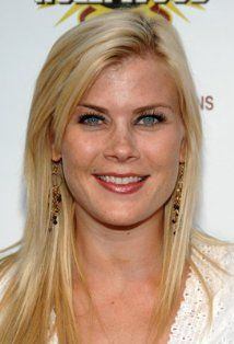 Alison Sweeney from Days Of Our Lives Frances Reid, Juliane Moore, Deidre Hall, Alison Sweeney, Blueberry Farm, Life Tv, Blonde Women, Days Of Our Lives, Famous Women