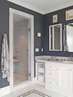 You'll want to add a walk-in shower to your small bath after you see these beautiful bathrooms. These gorgeous walk-in shower ideas are great for a small bathroom in your home. Get inspired by these elegant and functional showers. Ideas Baños, Tile Ideas, Small Bathroom With Shower, Shower Bathroom, Bathroom Bin, Bathroom Vanities, Bathroom Stand, Bathroom Cabinets, Navy Bathroom
