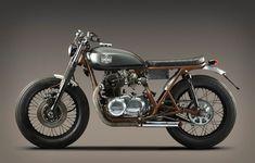 Kawasaki KZ 400 by La Corona | Barcelona
