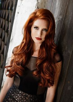Beautiful long red hair fixation #Rapunzel #longhair