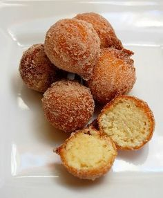 I made these and they are {Super} delish...taste like banana bread donut holes.... I added an extra banana and some vanilla too...YUM! Aussie Mum In The Kitchen: Pani Keke Samoa or Samoan pancakes