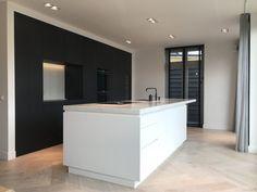 Kitchen Interior, New Kitchen, Interior And Exterior, Interior Design, Outside Living, Bathroom Toilets, Terrazzo, Home Kitchens, Modern Kitchens