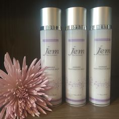 A true 911 for any skin issue including Rosacea, Psoriasis, Eczema, Bruising, Chapped Lips, Sunburn, Chemical Peels & Dry Skin.  Visit jemskincaresystems.com to learn more and ordering.