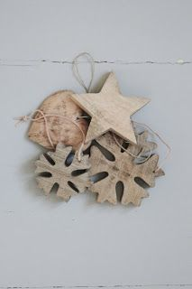 I can't get enough of pure natural wooden ornaments this year