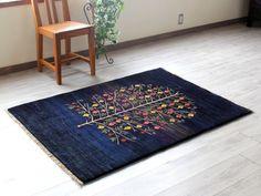 ギャベ ギャッベ・カシュクーリ・カシュカイ族の手織りラグ・アクセントラグサイズ145x105cm ネイビー・プラムツリー