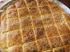 ΜΑΓΕΙΡΙΚΗ ΚΑΙ ΣΥΝΤΑΓΕΣ: Τυρόπιτα το κάτι άλλο !!!!! Savory Snacks, Easy Snacks, Easy Healthy Recipes, Easy Meals, Cypriot Food, Macedonian Food, Greek Cooking, Greek Dishes, Baking And Pastry