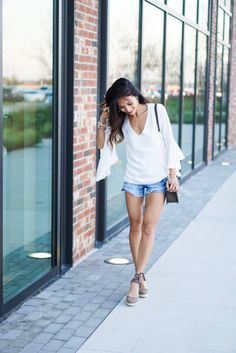 summer outfit, espadrilles, bell sleeves, shorts