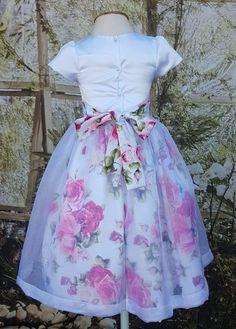 Toddler Girl Dresses, Girls Dresses, Flower Girl Dresses, Fashion Kids, Fashion Outfits, Ankara Styles For Kids, Baby Dress Design, Kids Gown, Frocks For Girls
