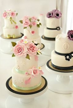 Cakes Haute Couture | Calligraphy by Jennifer