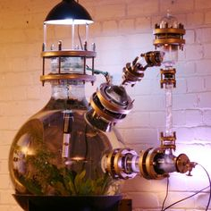 Steampunk Aquarium [ what about a steampunk Segway? Or lava lamp? Or View Master? Or printer? Or instant hot water for the kitchen, either countertop or built in? Or periscope that goes though the ceiling so you can see who's in front of the house or at t Steampunk House, Steampunk Design, Gothic Steampunk, Steampunk Circus, Steampunk Artwork, Steampunk Wedding, Steampunk Costume, Steampunk Fashion, Steampunk Clothing