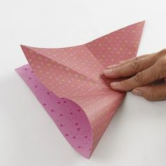 A hanging Decoration with Vivi Gade Design Paper Diamonds - Creative ideas Cut Paper, Paper Cutting, Paper Diamond, Arts And Crafts, Paper Crafts, Paper Folding, Design, Box, Creative