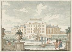 Jan van Call (I) | Gezicht op de achterzijde van Paleis het Loo, Jan van Call (I), 1694 - c. 1697 | De achterzijde van Paleis Het Loo, gezien vanuit de tuin. In de tuinen wandelen voornaam geklede heren en een dame langs de fonteinen en parterres. Prent uit een serie van 71 prenten met Rijnlandschappen, gezichten op vorstelijke paleizen en stadsgezichten uit Den Haag en Amsterdam.