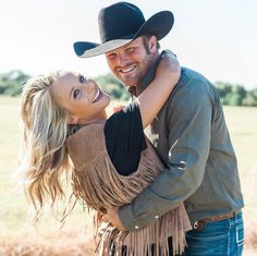 Country Engagement, Engagement Couple, Engagement Pictures, Engagement Shoots, Wedding Pictures, Wedding Engagement, Western Engagement Photos, Country Couple Pictures, Country Couples
