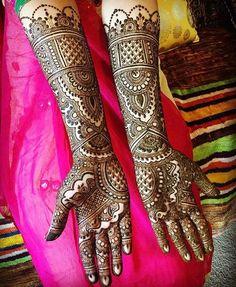Latest bridal mehndi design for hands.