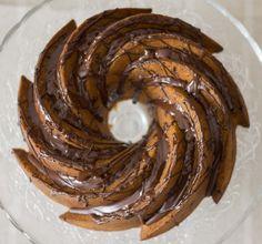 Bundt Cake de Avellanas, Almendras y Chocolate - Hazelnuts and Almonds