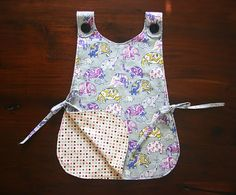 Quality Sewing Tutorials: Kids Art Smock tutorial from Wholly Kao