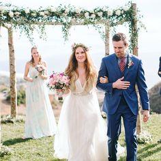... And you may now kiss the bride!  Credit: Josh Elliot Photography @joshelliot #HowHeAsked #JustMarried #Baunat #Diamonds #EngagementRing #Engagement #DiamondJewelry #Rings #18k #GiftIdeas #WeddingIdeas #Proposal #Wedding #Luxury #LuxuryLifestyle #Inspiration #DiamondLife #Luxurylife #SolitaireRing #TailorMade #Design #DesignRings #CertifiedDiamond #Proposal #beachwedding #beach #sayyes #summer #weddingrings #weddingband #diamondrings