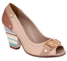 Não vendemos sapatos, vendemos beleza e conforto - Carmen Steffens #casualdenovamutum 65 3308 4200