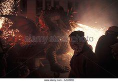 dragon-at-correfoc-fireworks-parade-fiesta-de-la-merce-barcelona-catalonia-aag86w.jpg (640×443)