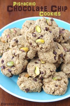 Flourless Pistachio Chocolate Chip Oatmeal Cookies