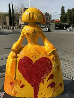 Wooden Dolls, Art Projects, Street Art, Spain, Watercolor Ideas, Art Pop, Sculpture, Formal Dresses, Gallery
