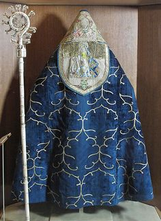 MMA, Cope Date: ca. 1438 Geography: Made in Burgos, Castile-León, Spain Culture: Spanish Medium: Silk, metal thread Dimensions: Overall: 56 1/2 ×...