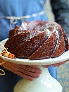 Mehevä taatelikakku | Leivonta, Makea leivonta | Soppa365 Dessert Recipes, Desserts, Pancakes, Candy, Meals, Baking, Breakfast, Sweet, Christmas Foods