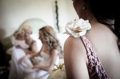 The bride with her baby during the preparation