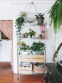 A Jewelry Designer's Canadian Sublet // Design*Sponge Home Interior, Interior And Exterior, Deco Time, Metal Shelves, Storage Shelving, Easy Storage, Metro Shelving, Homemade Storage, Industrial Shelves