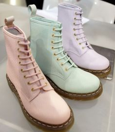 shoes, boots, pastel, pink, green, purple, lilac, pastel pink, pastel green, pastel purple, doc martens, dr marten boots, doc. martens boots, dr. martens | Wheretoget.it